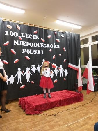 Udział HELENKI W konkursie recytatorskim - Wiersze o Polsce